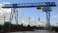 Expert and technical inspection of gantry cranes