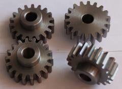 Works gear-cutting gear wheel