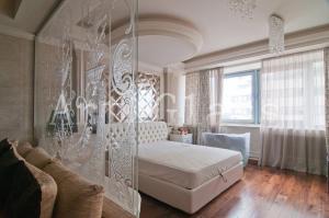 Дизайн и декор интерьеров,  стекло в...