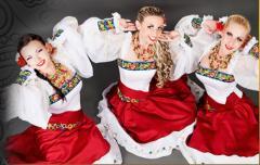 Исполнение народных песен на праздниках, Киев