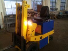 Re-equipment repair of fork loaders