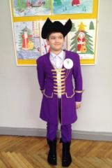Ailoring of carnival costumes for children and