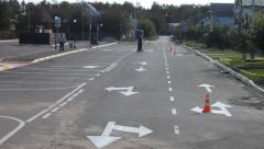 Drawing road marking