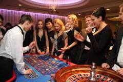 Фан-казино на 8 марта