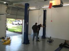 Installation, mounting of two-rack elevators with