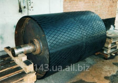 Lining of drums of tape conveyors