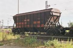 Transportation of loose freights, crushed stone,