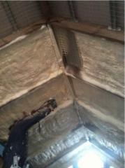 Attic thermal insulation polyurethane foam