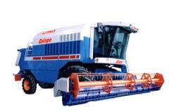 Уборка урожая зерноуборочными комбайнами
