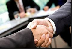 Составление договоров, сопровождение сделок.