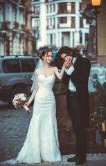 Tailoring of wedding dress and men's dress