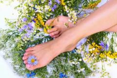 Hygienic pedicure: hardware and classical. Center