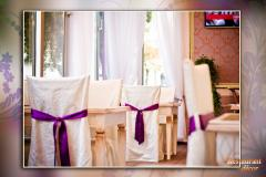 Curtains, covers on chairs, cloths, napkins