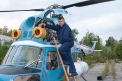 Full disassembly of the airplane, helicopter,
