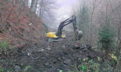 Strengthening of the coastline excavator and