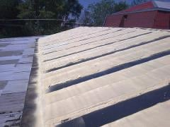 Thermal insulation of a slate roof