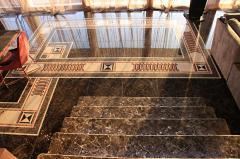 Laying marble (granite, travertine) floors