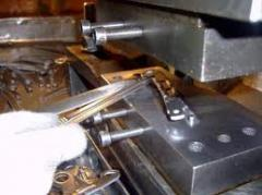 Services of cold sheet stamping of metals