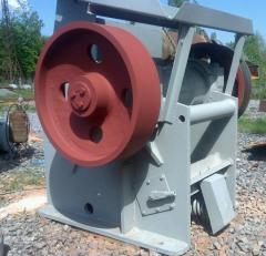 Repair crushing razmolnogo equipment.