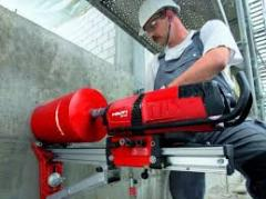 Diamond drilling drilling of openings in concrete