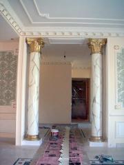 Лепнина гипсовая карнизы фрески розетки арки