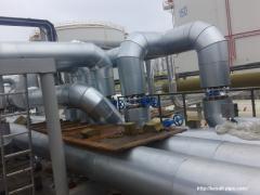 Монтаж теплоизоляции трубопроводов и технологических емкостей.
