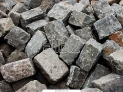Booking on an izgotovleniyebruschatka granite sawn