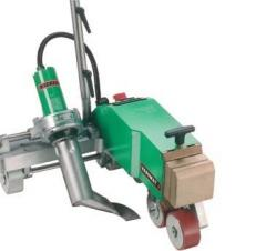 Automatic welding semiautomatic device for a roof.