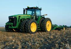 Обработка земли тракторами Джон Дир