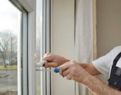 Repair of plastic windows