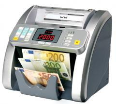 Updating of the software of banknote counters,