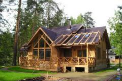 Construction of hunting lodges