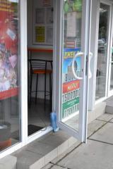 Installation of metalplastic doors, Installation