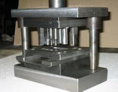 Штамповка металлов в инструментальных штампах