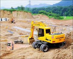 Rent Wheel Hyundai R170W-7 excavator (1,5 m3)
