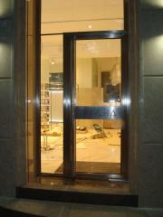 Production of doors from stainless steel