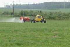 Services in application of fertilizers, KAS,