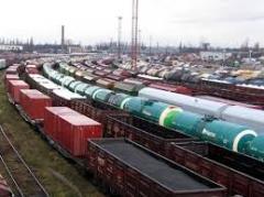 Maintenance and receiving railway loads