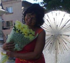 Congratulation and handing a gift recipient