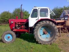 Ремонт тракторов.