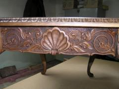 Services in woodcarving