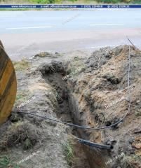 Horizontal directional drilling for communication