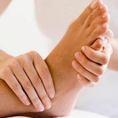 Massage of feet classical