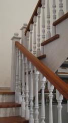 Лестница для дома деревянная