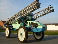 Services of a self-propelled sprayer