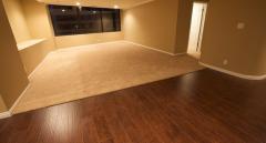 Ремонт квартир. Улаштування та вирівнювання підлоги. Стяжка. Якісна укладка лінолеуму, ковроліну, ламінату, керамічної та керамогранітної плитки. Черкаси.