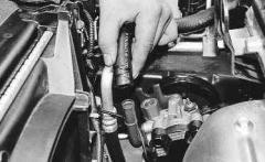 Устранение потемнения жидкости в бачке гидроусилителя руля