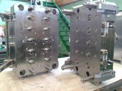 Изготовление и ремонт пресс-форм для литья изделий из полиэтилена