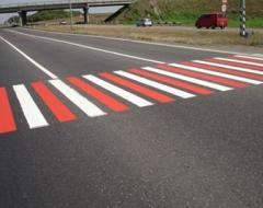 Drawing a road marking plastic