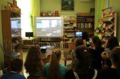 Бібліотечно-інформаційне обслуговування користувачів. Доступ до Інтернету. Програми підтримки дитячого читання та організації дозвілля.